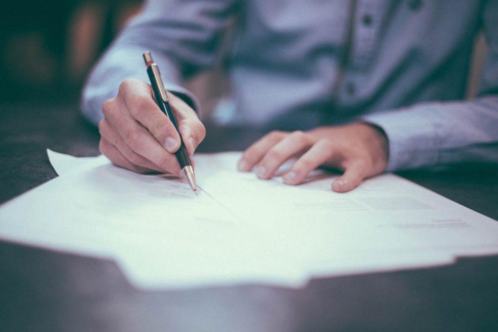¿En qué debo fijarme cuando busque préstamos con garantía hipotecaria?